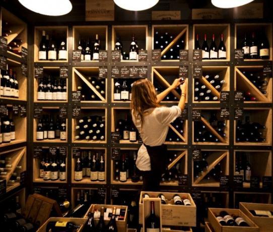 wines and beverages auberge de banne bar gourmet. Black Bedroom Furniture Sets. Home Design Ideas